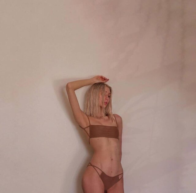 Beauty @oliwkaaszymanska 🖤 in Tamai Top and Tamai bottom • • • • • • #misseigirl #beigeoutfit #beigetop #aestheticlypleasing #coffeecolor #beigeaesthetic #neutrals #tenuedujour #neutralstyle #neutralshades #neutralpalette #polskamarka #simpleandpure #tumblr #beach #summertime #girl #itgirl #beigegirl #beigefashion #summermood #mybeigelife #beigepalette #blondhair