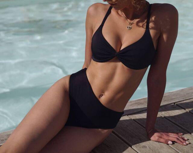 Lamei top and Amalfi Bottom in black🖤 • • • • • • #aestheticlypleasing #postitforaesthetic #beigeaesthetic #minimalstyle #swimmingpool #neutrals #tenuedujour #neutralstyle #neutralshades #neutralpalette #neutrals #simpleandpure #simplebeyond #highwaist #beachvibes #sea #tumblr #blackbikini #beach #summertime #girl #blacktop #lovesea #beachtime #summermood #mybeigelife #bikinigirl #beigepalette #polskamarka